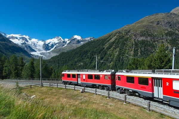Bernina-Express-Zwitserland-Italië-trein (6)