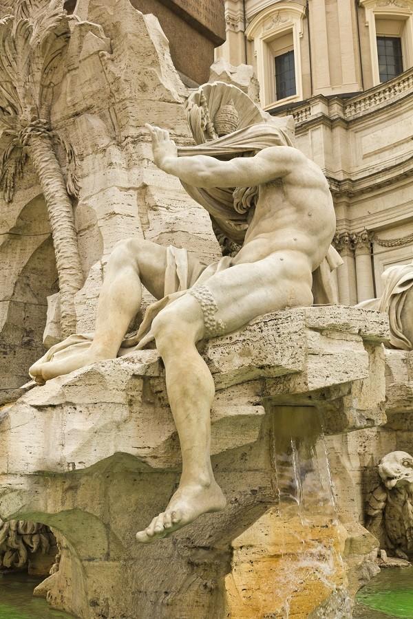Bernini-fontein-Piazza-Navona-Rome-detail