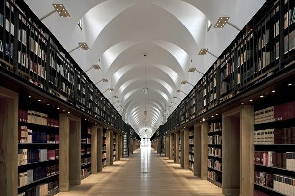 Biblioteca-Nuova-Manica-Lunga-Venetië (3)