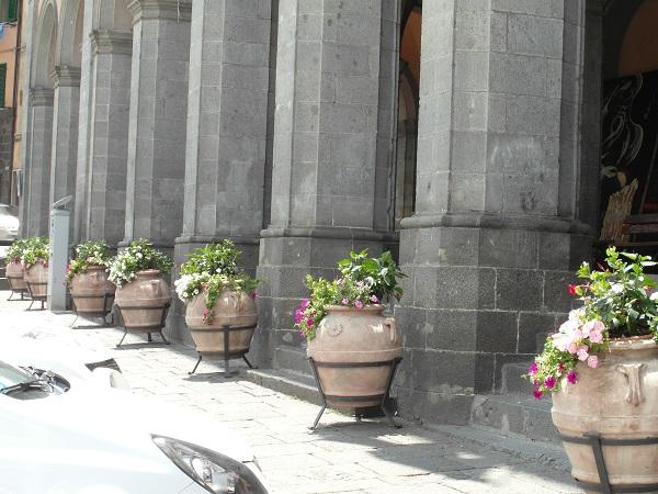 Bisconti-Italië-tuinieren-in-een-pot (2)