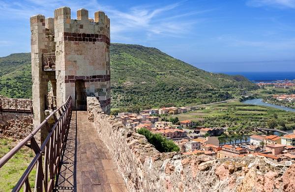 Bosa-Sardinie-Castello-Malaspina-kasteel (1)