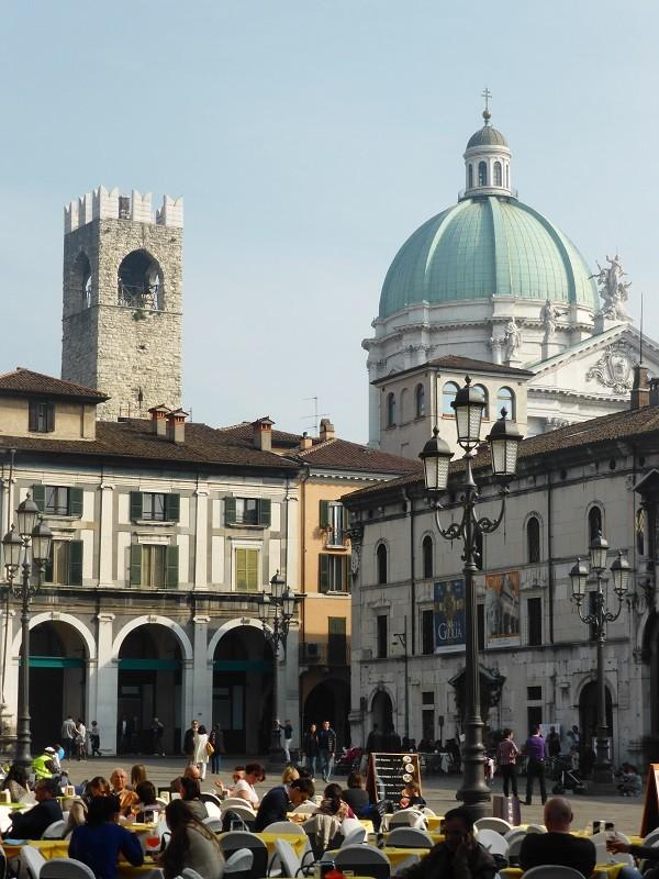 Brescia-Piazza-della-Loggia