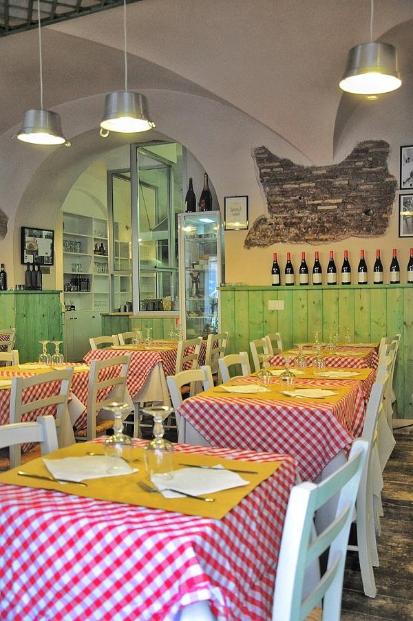 Broccoletti-Via-Urbana-Rome (3)