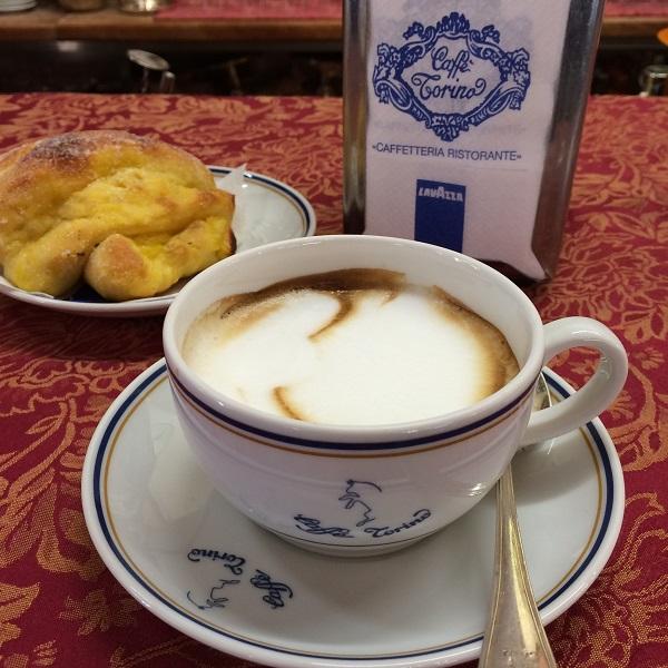 Caffe-Torino-Piazza-San-Carlo-Turijn (6)
