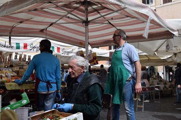 Campo-de-Fiori-markt-Rome (2)