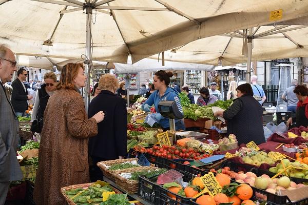 Campo-de-Fiori-markt-Rome (5)