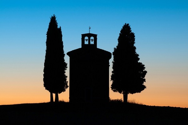 Cappella-Madonna-di-Vitaleta-San-Quirico-Val-Orcia-Toscane (2)