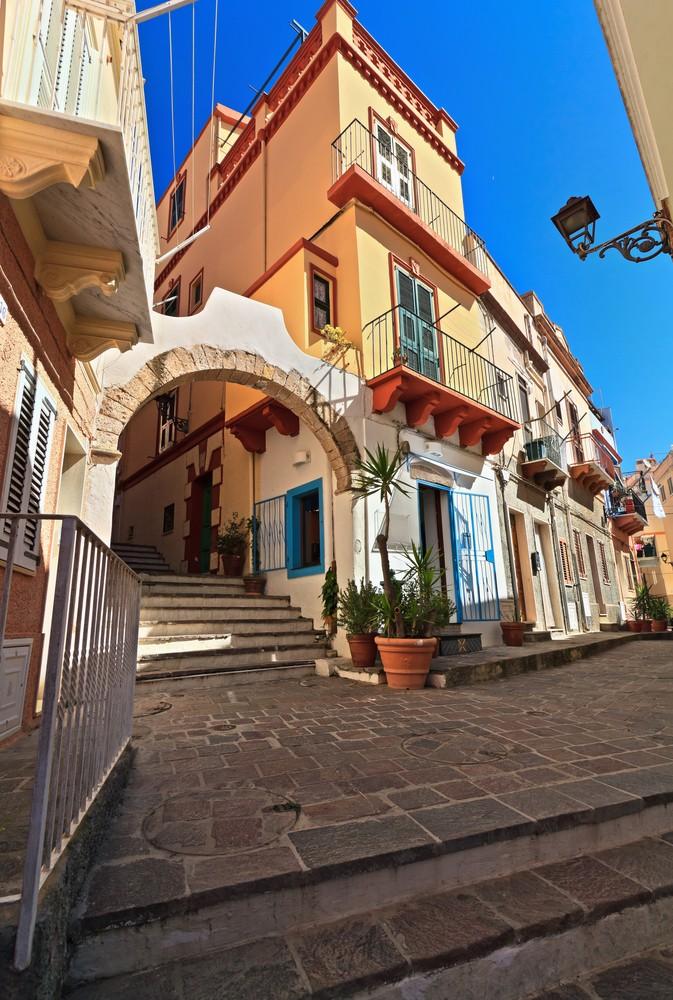 Carloforte-San-Pietro-Sardinië (2)
