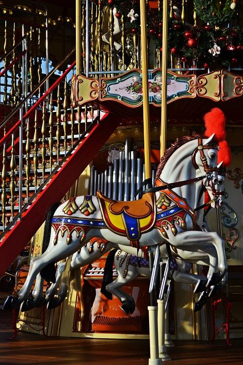Carrousel6