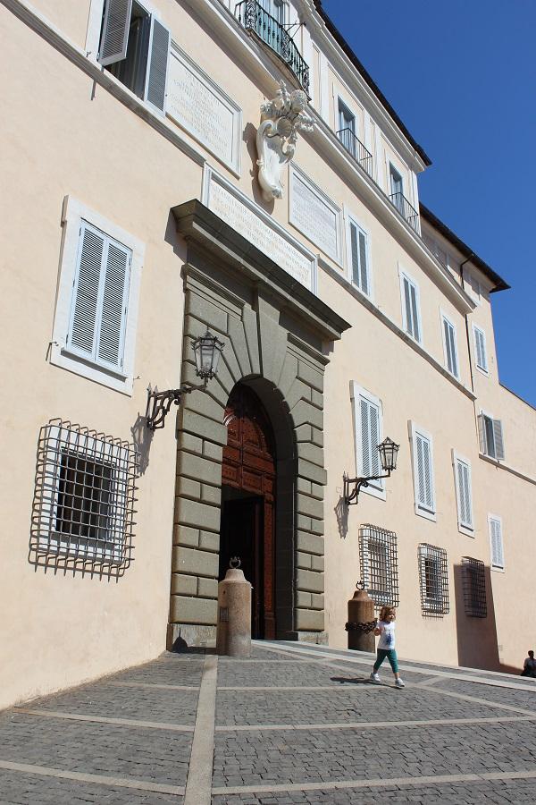 Castel-Gandolfo-residentie-paus (1)