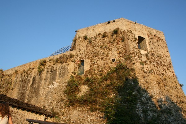 Castello-Aghinolfi-Lunigiana-Toscane (5)