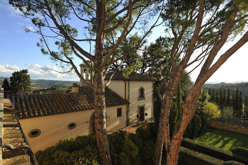 Castello_del_Nero_-_Chapel_ext9ebfa0