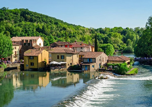 Ciao-tutti-Special-35-De-mooiste-dorpjes-van-Noord-Italië-15