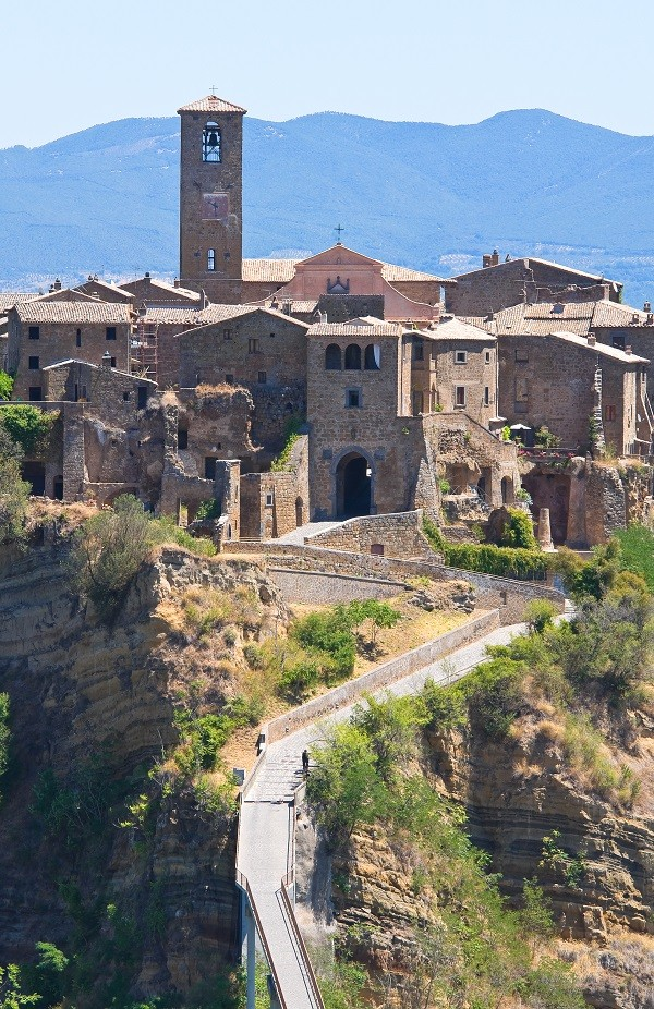 Civita-di-Bagnoregio-Lazio (4)