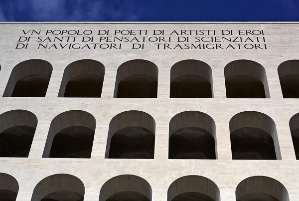 Colosseo-Quadrato-vierkant-Colosseum-EUR-Rome (1b)