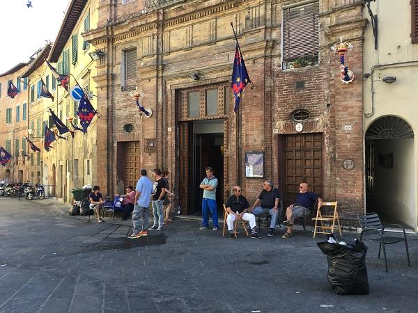 Contrada-del-Nicchio-Siena (4)