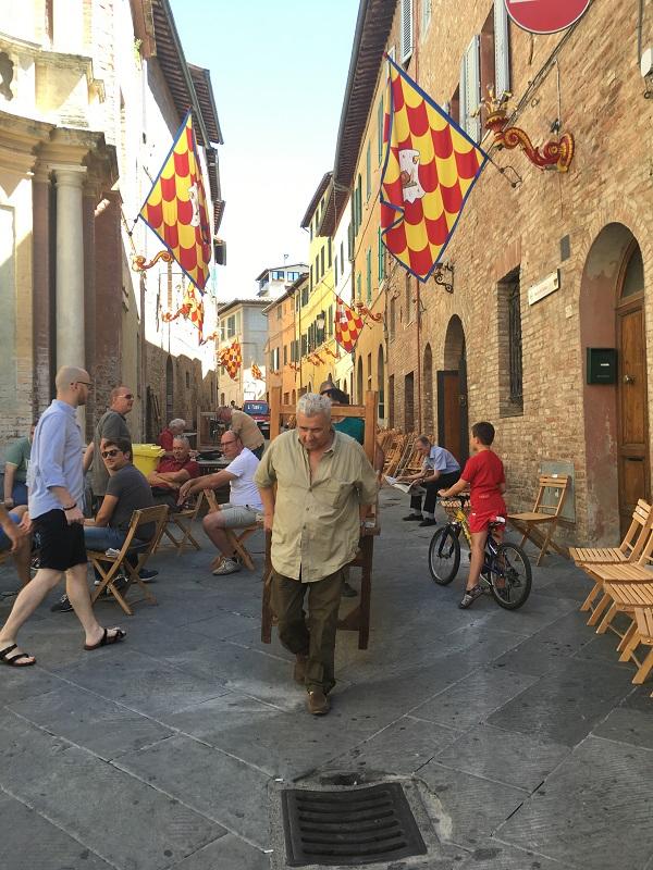 Contrada-della-Chiocciola-Siena (3)