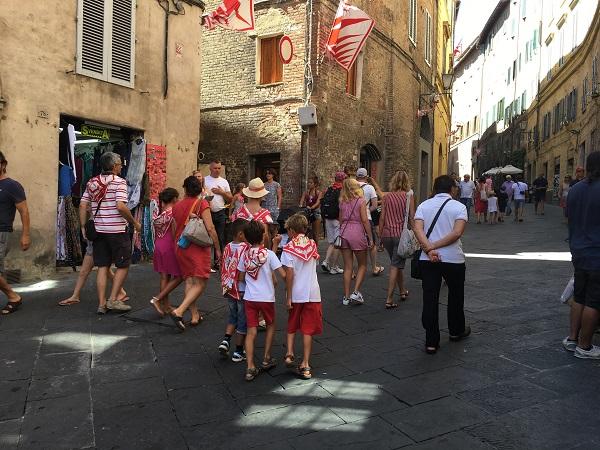 Contrada-della-Giraffa-Siena (1)