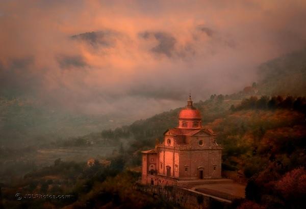 Cortona-Toscane-Jim-Delutes