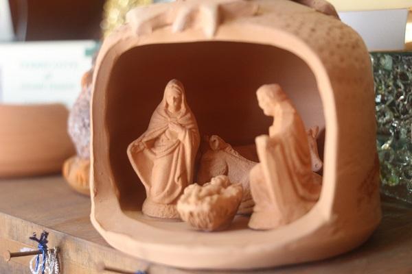Daniele-Giombi-keramiek-terracotta-Fratte-Rosa-Italian-Stories (9)