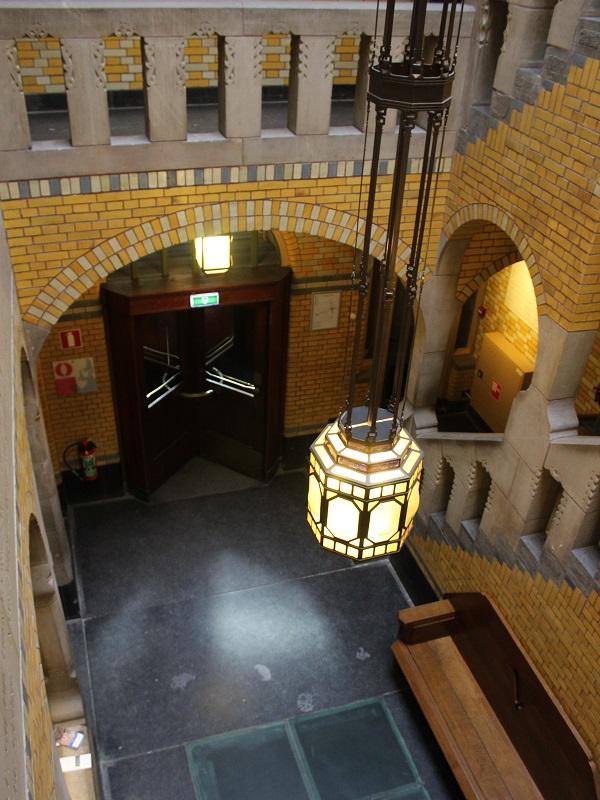 De-Burcht-Berlage-Amsterdam-cortile (5)