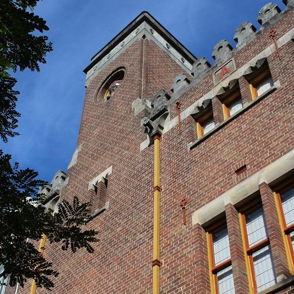 De-Burcht-Berlage-Amsterdam-toren (2)