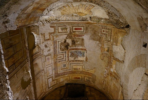 Domus-Aurea-Rome-Sala-Achille-Sciro