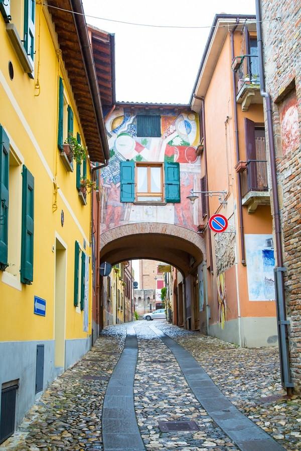 Dozza-Emilia-Romagna (6)