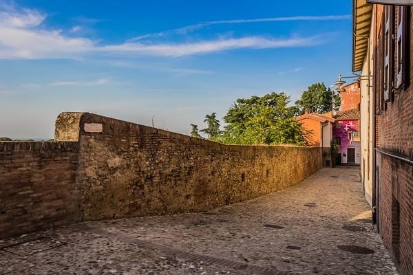 Dozza-Emilia-Romagna (8)