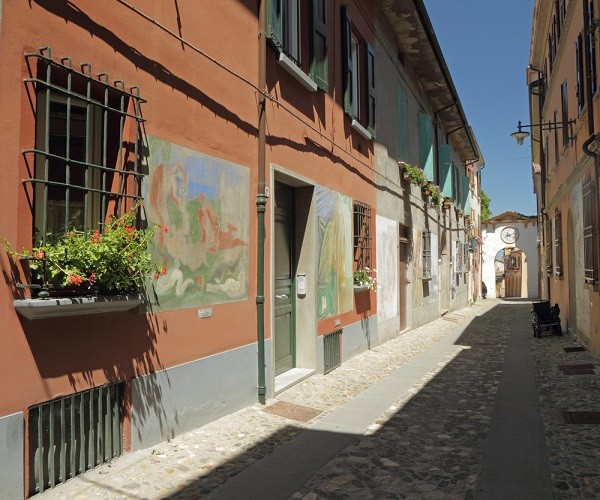Dozza-muurschilderingen-Emilia-Romagna (1)