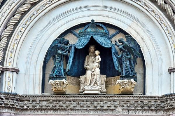 Duomo-Orvieto-Maria