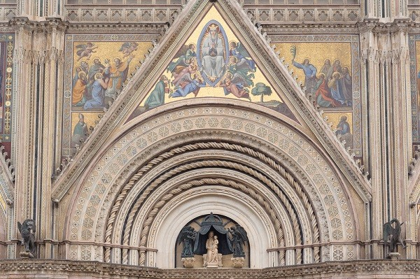 Duomo-Orvieto-mozaïek-hemelvaart-Maria