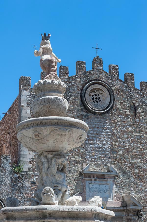 Duomo-Taormina-Sicilië-1