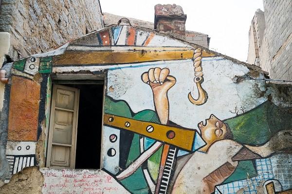Elisa-Locci-murales-Orgosolo-Sardinië (9)