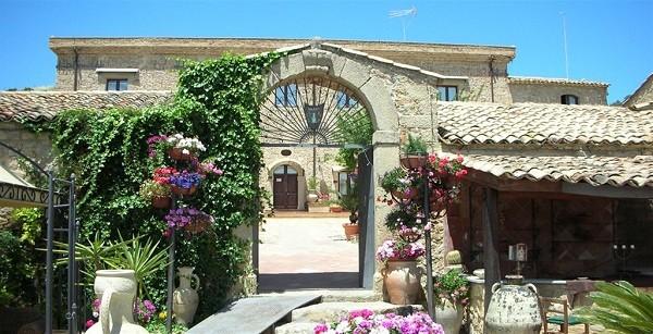 Eliza-was-here-Azienda-Vecchia-Masseria-Sicilie (2)