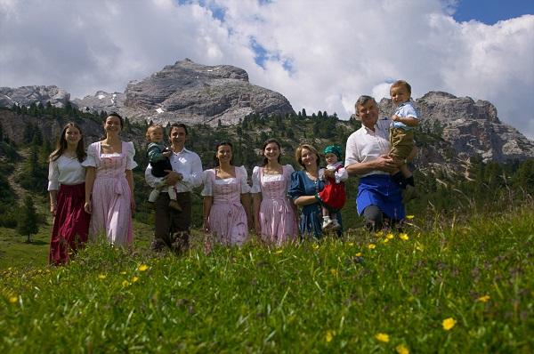 Familie-Mutschlechner-Fodara-Vedla-rifugio