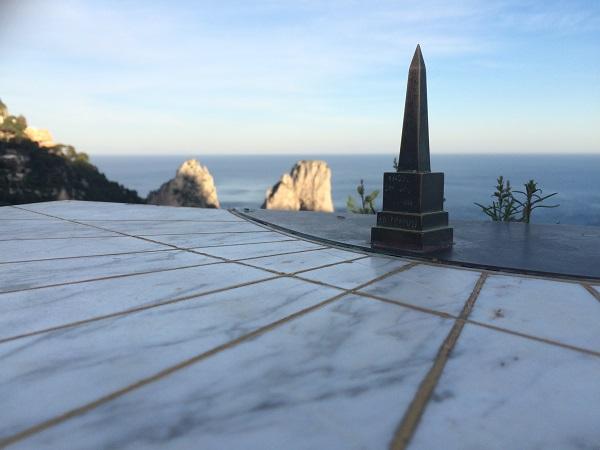 Faraglioni-rotsen-Capri (4)