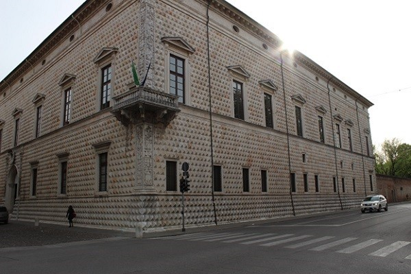 Ferrara-Palazzo-dei-Diamanti