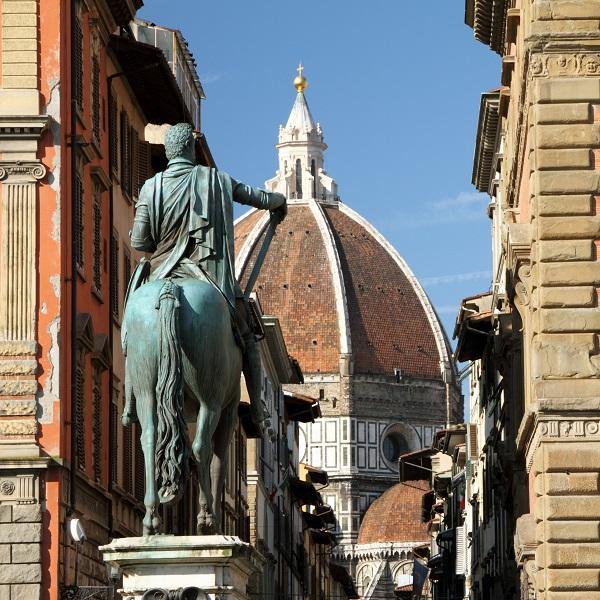 Florence-Piazza-Santissima-Annunziata