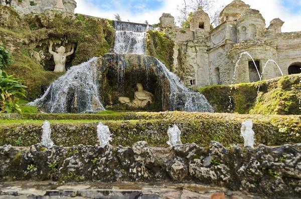 Fontana-della-Rometta-Villa-Este-Tivoli-2