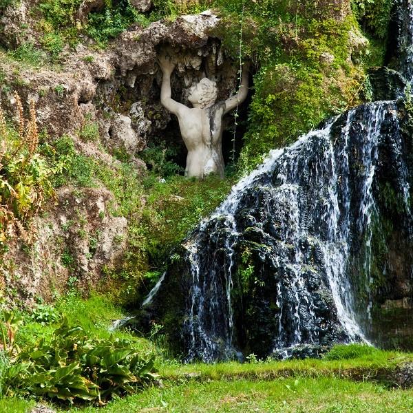 Fontana-della-Rometta-Villa-Este-Tivoli-3