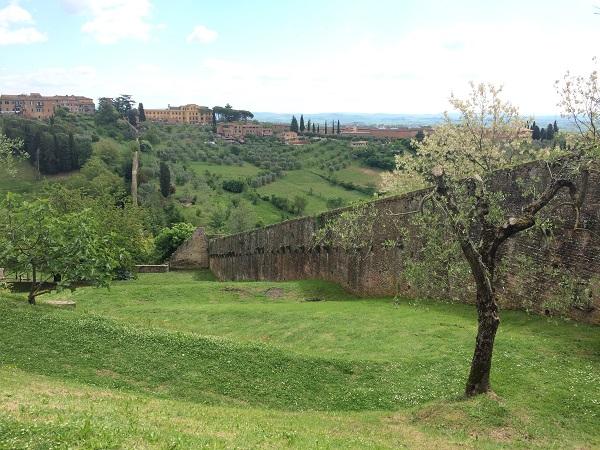 Fonte-delle-Monache-Siena (2)