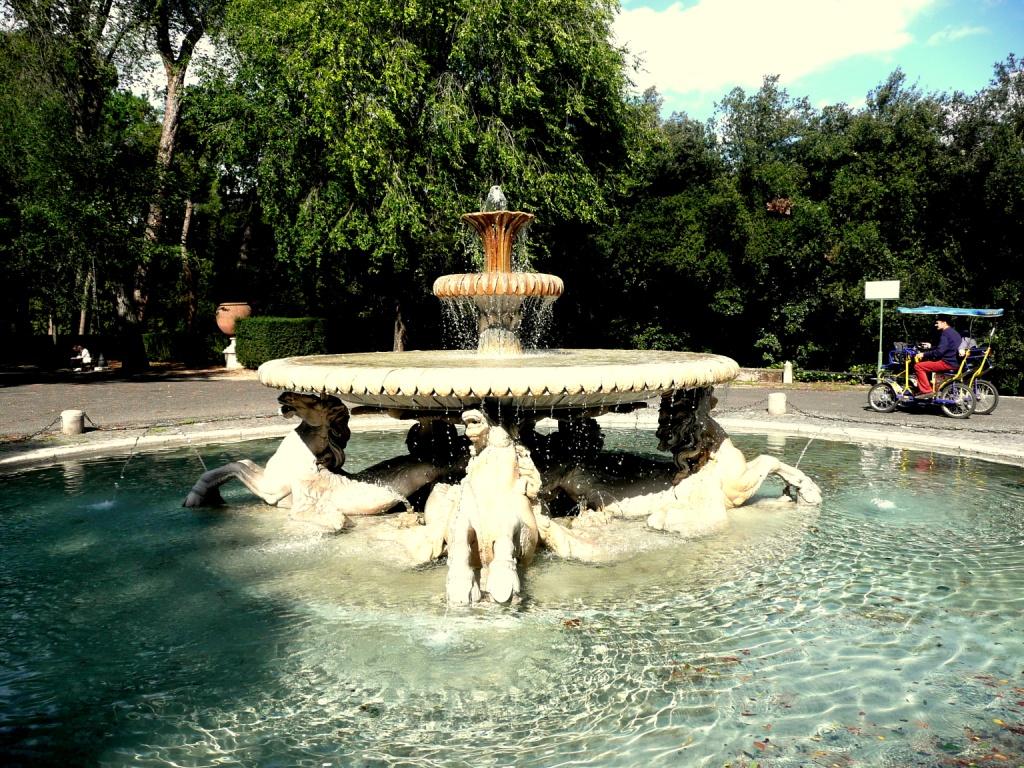 Foto 2 Villa Borghese fontein