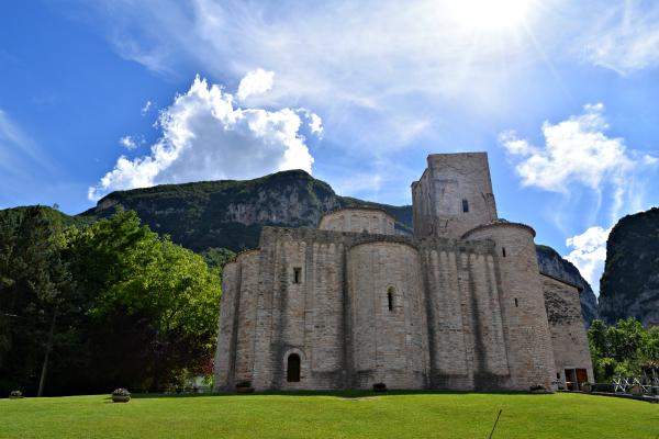 Frasassi-Avventura-klimpark-Le-Marche (2)