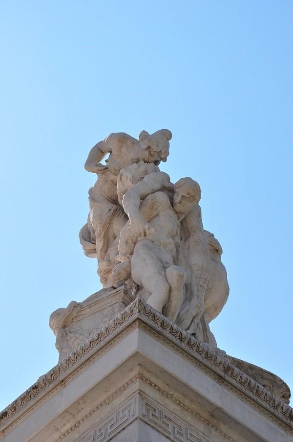 From-Rome-with-love-kus-Vittoriano