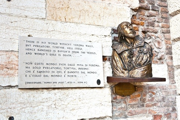 From-Verona-with-Love-Romeo-Julia (1)