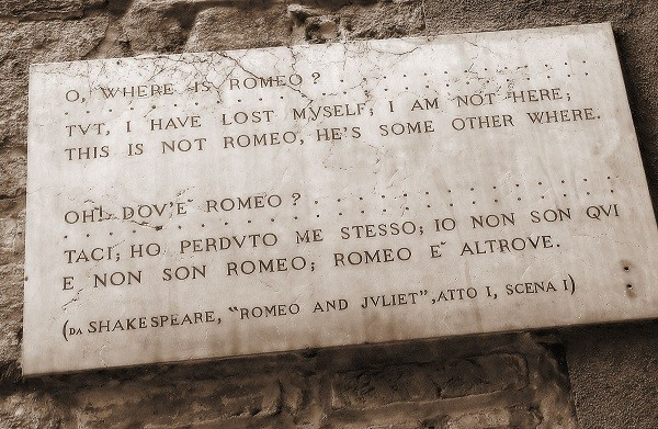 From-Verona-with-Love-Romeo-Julia (2)