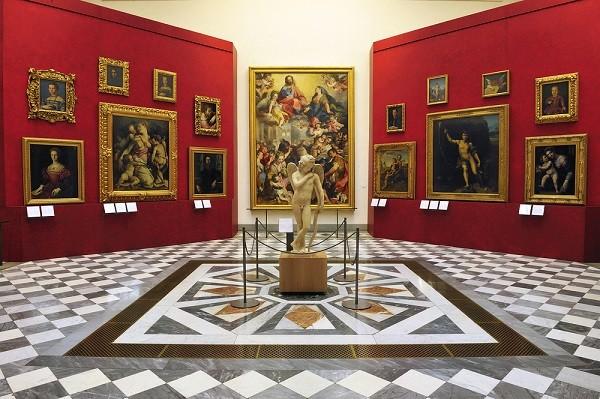 Galleria-degli-Uffizi-Florence (2)