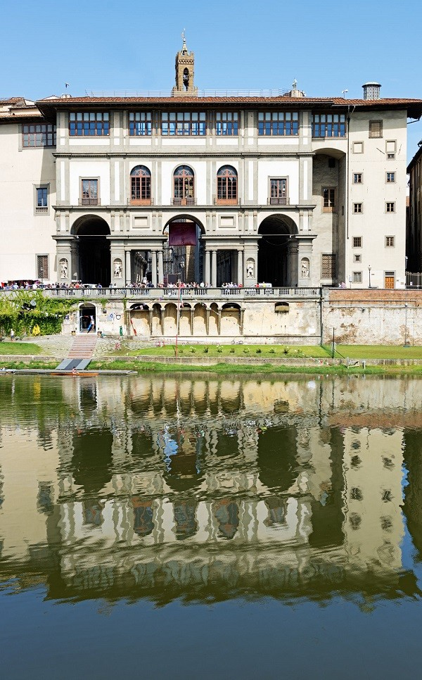 Galleria-degli-Uffizi-Florence