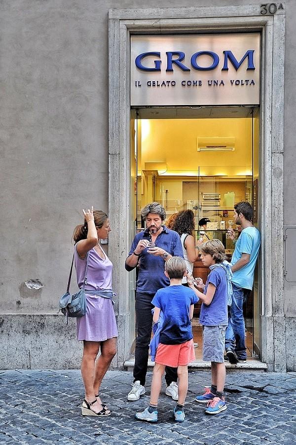 Gelateria-Grom-ijs-gelato-Rome